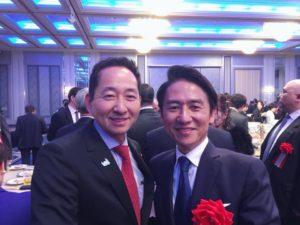 県知事候補予定者の武内和久氏47歳です
