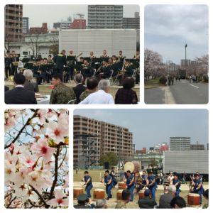 今日は陸上自衛隊福岡駐屯地の観桜会に参加してきました。地域の方や隊員家族が大勢来られていて、音楽隊や防人太鼓の演奏で盛り上がっていました。日頃より命を懸けて国と国民を守っていただいている自衛隊が地域に開かれる場を提供する。有難いことです。日本の安心安全は自衛隊なしでは語れません。憲法にその誇りと役割を明記して頂きたいものです。